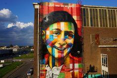 "Eduardo Kobra ""Let me be myself"" - Anne Frank - NDSM-Werf, Amsterdam 3d Street Art, Kobra Street Art, Street Mural, Amazing Street Art, Fantastic Art, Graffiti Art, Love Graffiti, Anne Frank, Creative Illustration"