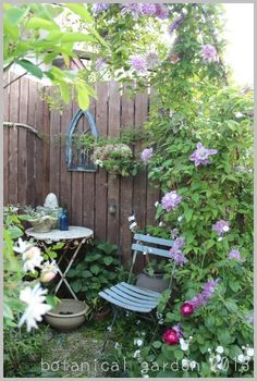~*~*Quiet corner*~*~ French Cottage Garden, Shabby Chic Garden, Garden Nook, Corner Garden, Small Gardens, Outdoor Gardens, Amazing Gardens, Beautiful Gardens, Garden Seating