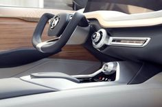 Nissan Vmotion Wins 'EyesOn Design Award' for Best Concept Car Best Car Interior, Car Interior Sketch, Car Interior Design, Interior Concept, Automotive Design, Car Console, Automobile, Solar Car, Design Industrial