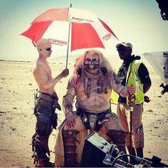 Immortan Joe costume from Mad Max, Fury Road Blade Runner, Star Trek, Badass Movie, Photos Rares, Star Wars Books, Mad Max Fury Road, Bros, Cultura Pop, Cool Cats