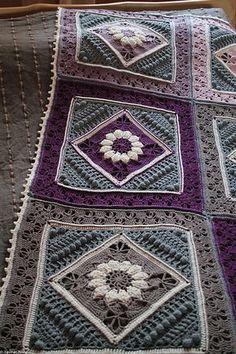 Charlotte's Dream Crochet Blanket – Free Pattern