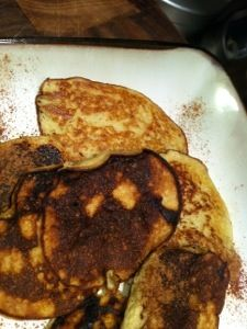 I am always on the hunt for super easy and healthy breakfast. Can never go wrong with pancakes :) You wont believe this one until you try it. 1 Banana 1 Egg 1 tsp Baking Powder 1 tsp Sugar (Optiona...