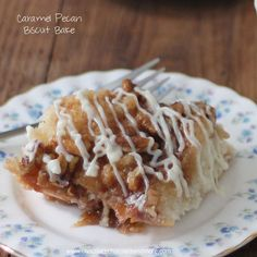 TweetCaramel Pecan Biscuit Bake-Just a few minutes to prepare, a biscuit base topped with a caramel pecan topping and a cream cheese icing! Did you know that September is National Biscuit Month? Neither did I. But that's probably because in my house, every month, week, day, could be considered a biscuit holiday. Seriously. Biscuits aren't …