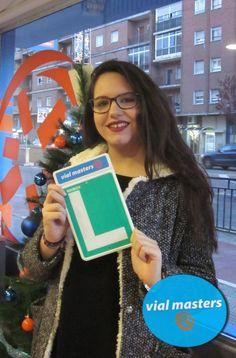 Ángela se sacó el carnet de conducir en Autoescuelas Vial Masters. ¡¡Que lo disfrutes!!