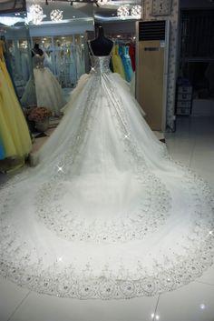 2013 Latest Style Best Price Appliqued Sgaghetti Strap Long Tail Swarovski Crystal Wedding Dress With Detachable Train US $399.00