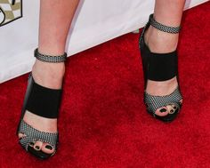 Celebrity Shoes, Katherine Mcnamara, Pumps, Shoes Heels, Heeled Mules, High Heels, Booty, Celebrities, Outfits