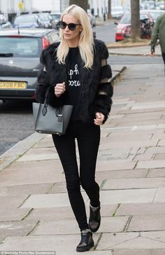 Bare-faced cheeks! Seemingly make-up free for the outing, the new look suggests that Poppy...