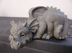 Statue dragon de jardin dragon 2014: Amazon.fr: Jardin