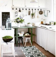 Kitchen, Table, House, Furniture, Instagram, Home Decor, Cuisine, Home, Kitchens