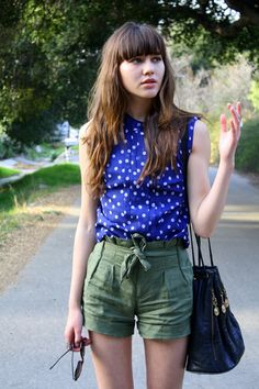 cargo shorts with blue blouse