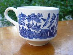 Blue Willow Churchill England Tea Or Coffee Cup