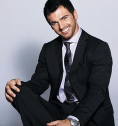Tony Dovolani looking real hot in a suit!