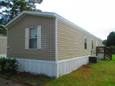 2006 FLEETWOOD Mobile / Manufactured Home in Jacksonville, FL via MHVillage.com