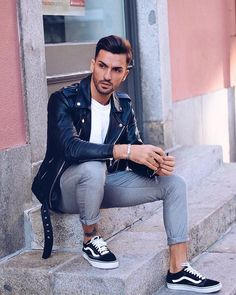 Style by @hugomsrodriguez Yes or no? Follow @mensfashion_guide for dope fashion posts! #mensguides #mensfashion_guide
