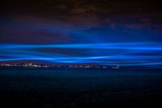 Dutch designer Daan Roosegaarde is a modern wizard of interactive landscapes. His poetic, art- and nature-inspired, high-tech light installations inclu ...