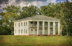 Cuthbert, Georgia | Flickr - Photo Sharing! Abandoned Buildings, Abandoned Castles, Abandoned Mansions, Abandoned Places, Old Southern Homes, Greek Revival Architecture, Abandoned Plantations, Greek Revival Home, Antebellum Homes