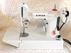 years and singer dating featherweight