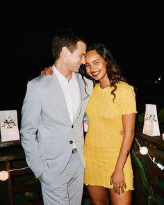Quem te paga esse casal super fofo e lindo na série os 13 porquê!!! 👫❤️👫❤️👫❤️