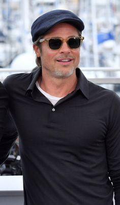 Brad Pitt at 55 looks better than most guys in their Flat Hats, Brad Pitt, Beauty Hacks, Mens Sunglasses, Long Hair Styles, Guys, Mens Tops, Skin Care, Fashion