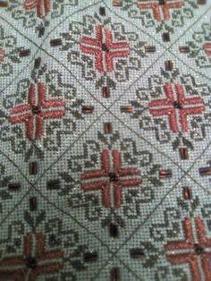 Gallery.ru / Фото #59 - 2017 / 1 - ergoxeiro Beaded Embroidery, Cross Stitch Embroidery, Hand Embroidery, Cross Stitch Patterns, Embroidery Designs, Stitch 2, Hand Sewing, Bohemian Rug, Diy And Crafts
