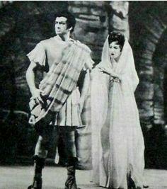 Franco Corelli e Maria Callas na ópera Poliuto. Teatro Scala de Milão em 1960.