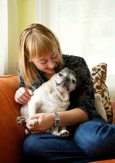 Zoey.   25 Utterly Heartbreaking Photographs Of Owners Saying Good-Bye To Their Terminally Ill Dogs