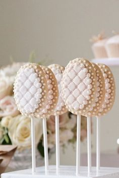 Cake pops desserts cake pops, wedding cookies и cookie pops Cookie Wedding Favors, Cookie Favors, Wedding Desserts, Cake Cookies, Cookie Pops, Beautiful Cake Pictures, Beautiful Cakes, Mini Cakes, Cupcake Cakes