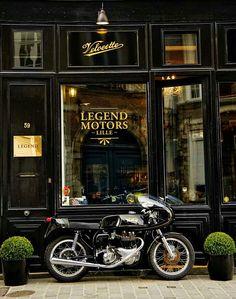 RocketGarage Cafe Racer: Legend Motors Lille