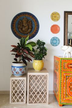Lately, ethnic home decor has turned out to be progressively mainstream when settling on a subject for decorating. Among the first of the decisions in social decor, is Indian home decor. Indian home decor has turned out to be a… Continue Reading → Ethnic Home Decor, Indian Home Decor, Moroccan Decor, Indian Inspired Decor, Indian Wall Decor, Indian Decoration, Deco Bobo Chic, Deco Boheme Chic, Home Decor Bedroom