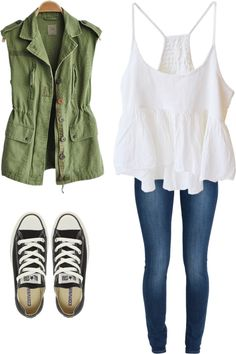 seems like a nice early summer outfit :) I would prefer if the jacket had sleves though.