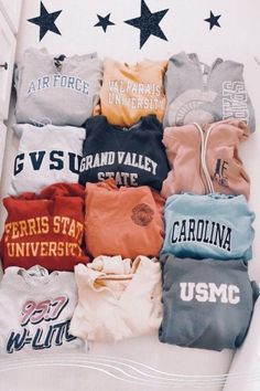 trendy outfits for school ~ trendy outfits . trendy outfits for summer . trendy outfits for school . trendy outfits for women . Lazy Outfits, Cute Comfy Outfits, Teen Fashion Outfits, Teenage Outfits, Trendy Outfits, Girl Outfits, Outfits With Hoodies, Fashion Clothes, Hipster School Outfits