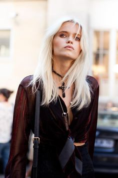 These Abbey Lee (Kershaw) pictures are her hottest photos ever. We found sexy images, GIFs (videos,) & wallpapers from various bikini and/or lingerie photo Abbey Lee Kershaw, Blonde Mode, Tilda Lindstam, New Hair Trends, Blonde Fashion, Platinum Blonde Hair, Australian Models, Winter Trends, Punk