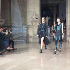 TOP esta coleção e este casaco/trench Luís Buchinho Fall/ Winter 2016/17 #puzzle #luisbuchinho #fashionweek #parisfashionweek #model #instagood #like #runway #beauty #beautiful #pretty #pretaporter #portugalfashion
