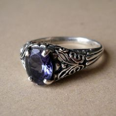 tanzanite vintage ring