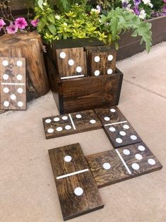 Stained Giant Lawn Dominos Jumbo – 10inch tiles by Dirty Box | Junebug Weddings Check out these amazing games for you and your family or friends! Backyard For Kids, Backyard Games, Backyard Ideas, Garden Ideas, Diy Tuiles, Lawn Games Wedding, Diy Yard Games, Front Yard Design, Outdoor Activities For Kids