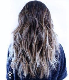 Shaggy Hairstyle With Blonde Balayage