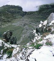 Piso periglaciar en el volcán Nevado del Ruiz.
