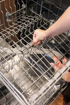 Use a toothpick to keep to clean a dishwasher spray arm Diy Dishwasher Cleaner, Dishwasher Cleaning Tips, Dishwasher Smell, Diy Home Cleaning, Cleaning Appliances, Cleaning Wood, Household Cleaning Tips, House Cleaning Tips, Cleaning