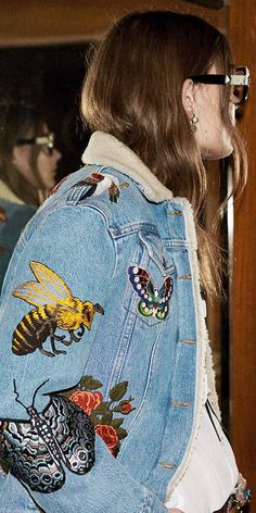 INSPIRE ME This Gucci embroidered denim jacket from their Pre-Fall 2016 show features bees and insects embroidered on denim. If we wait a bit, fingers crossed we'll see similar on the highstreet! For now, grab an iron and some patches.