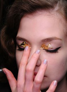 gold leaf eyes #makeup