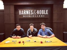 32 Likes 1 Comments Barnes Noble At The Grove Bneventsgrove