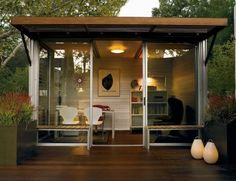 Cool outdoor office space by kitHAUS. Outdoor Office, Backyard Office, Backyard Studio, Garden Office, Outdoor Living, Cozy Backyard, Zen Office, Indoor Outdoor, Future Office