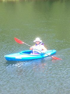 You're never too old to take up a new hobby like kayaking! My perfect #MeTime So serene.
