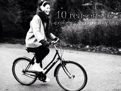 10 reasons to explore Copenhagen by bike. Denmark. Travel Blog. Huttiheiti.Take the road less travelled by people who wear socks in their sandals Christmas Shopping, Copenhagen, Denmark Travel, Posts, Explore, City Life, Travel Tips, Bike, Sandals