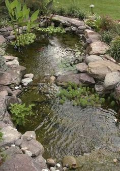 20 Amazing Fish Pond Ideas for Your Garden. Here we go we give you some fish pond ideas. Has fish pond at home gives many advantages. From entertainment to eliminate boredom beautify the look . Pond Landscaping, Landscaping With Rocks, Country Landscaping, Garden Pond Design, Landscape Design, Backyard Water Feature, Backyard Ponds, Garden Ponds, Fountain Garden
