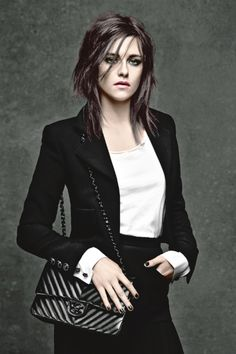 Kristen Stewart, Alice Dellal, and Vanessa Paradis star in the new Chanel campaign that introduces the Girl bag. Freida Pinto, Jessica Paré, Kristen Stewart Chanel, Alice Dellal, Celebrity Bobs, Kirsten Stewart, Mode Chanel, Kate Mara, Celebrity Hairstyles