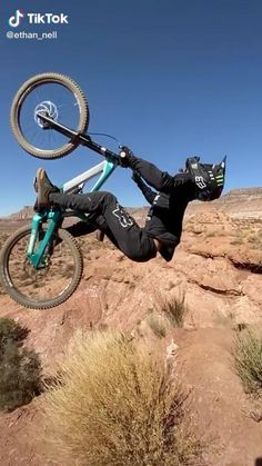 Downhill Bike, Mtb Bike, Road Bike, Best Mountain Bikes, Mountain Biking, Bmx Videos, Freeride Mtb, Montain Bike, Mtb Trails