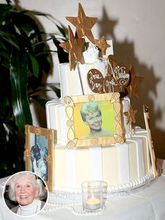 Doris Day's 90th birthday cake features edible photos of the star! http://greatideas.people.com/2014/04/09/doris-day-90th-birthday-cake-party/