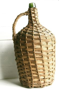 basket bottle wine Vintage