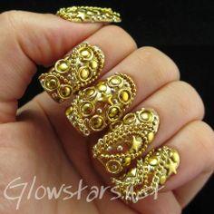 The Digit-al Dozen Does Metal: Gold - A manicure using OPI Goldeneye